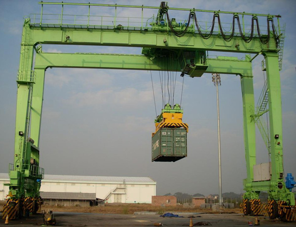 Rubber Gantry Crane for Sale
